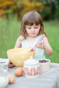 ATLANTA-CHILD-PHOTOGRAPHER-STYLED-BAKING-PICNIC-0296