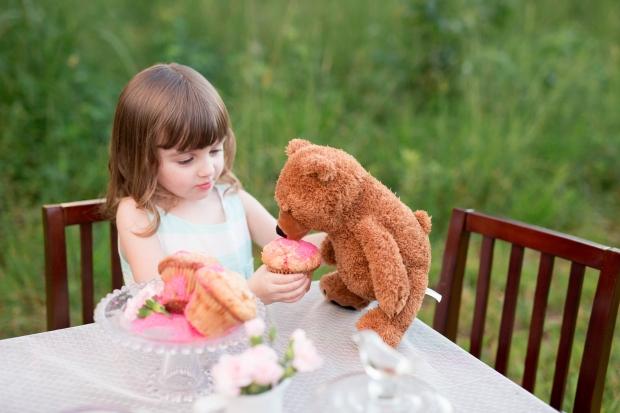 ATLANTA-CHILD-PHOTOGRAPHER-STYLED-BAKING-PICNIC-0387